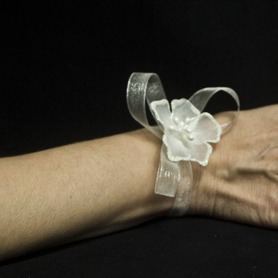 Бутониера за ръка модел 2